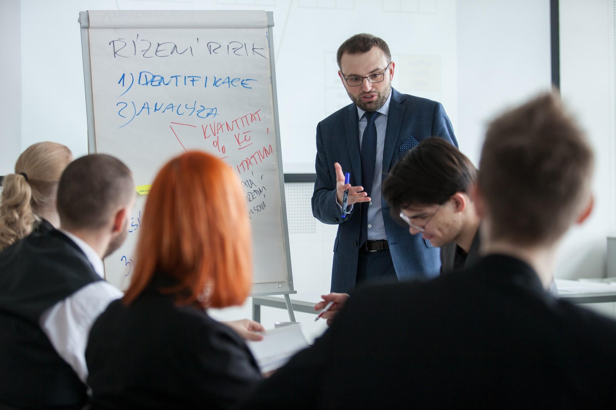Projektové řízení pro neprojektové manažery